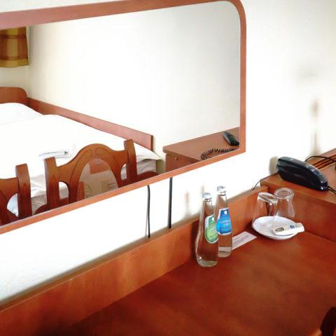 biurko-w-kazdym-pokoju